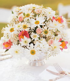 Light and Lovely Centerpiece