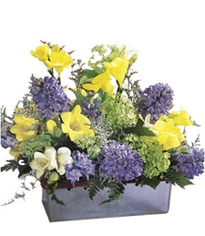 Spring Glory Centerpiece