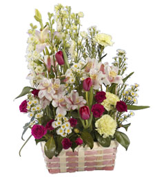 Unforgettable Petals Basket