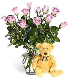 Bear w/ 1-Dz Pink Birthday Roses