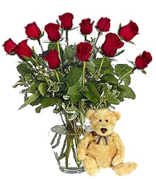 Bear w/ 1-Dz Red Christmas Roses