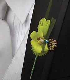 Exotic Memories Boutonniere