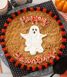 HAPPY HAUNTING COOKIE CAKE
