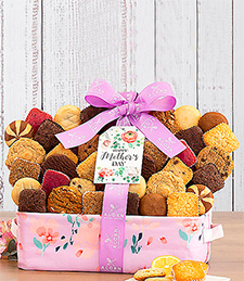 Valentine's Day Belgian Chocolate Strawberries & Nibblers Pop