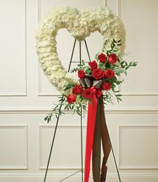 Heartfelt Mists Standing Wreath
