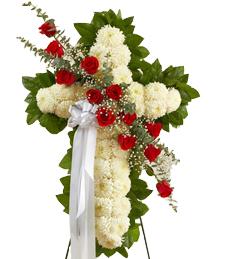 Cross of Faith Standing Wreath