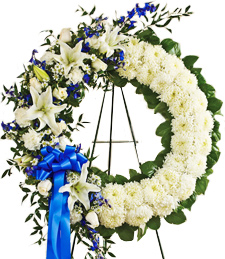 Heavenly Scents Standing Wreath